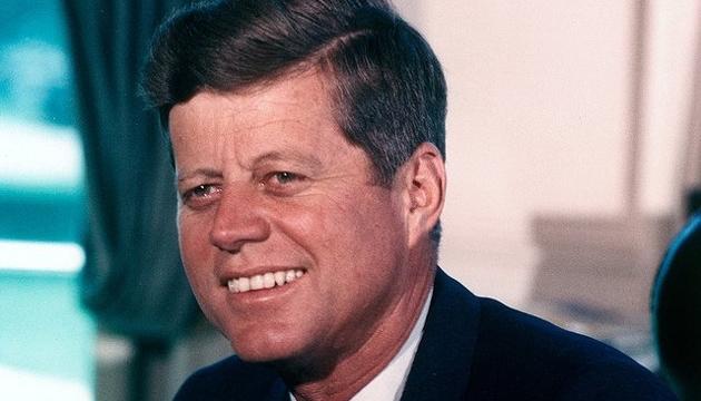 Вбивця Кеннеді перед замахом контактував зКДБ: архів ЦРУ