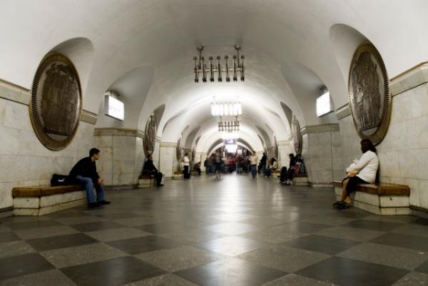 УКиєві безоплатний проїзд вметро для пенсіонерів діятиме закарткою киянина