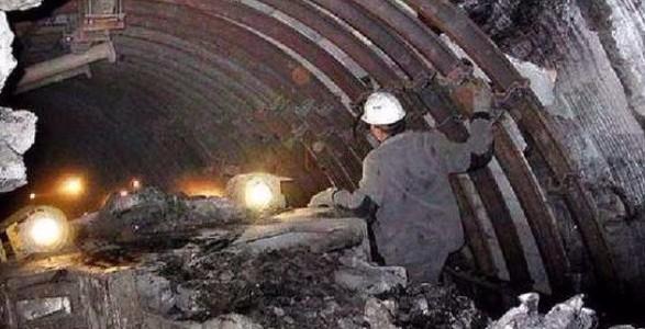 Вокупованій Луганській області обвалилась шахта