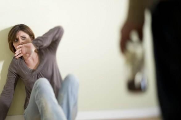 Рада підтримала законопроект про відповідальність задомашнє насилля