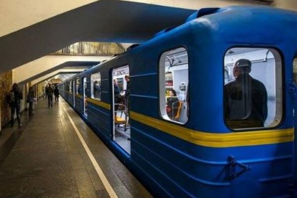 Київський метрополітен назвав найпопулярнішу станцію 2017 року. Інфографіка