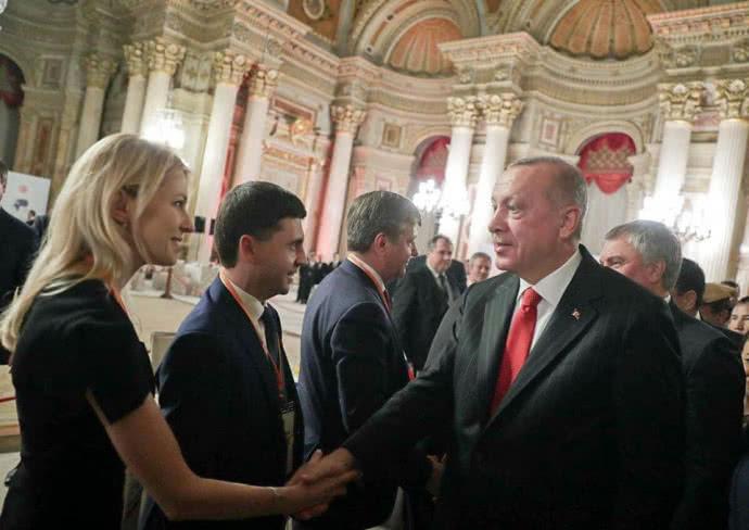 """Ердоган вперше прийняв """"кримських депутатів"""" у складі російської делегації"""