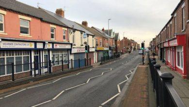 """Photo of """"Добрі самаряни"""": в Англії протягом 6 років залишали пакунки з грошима в селі"""