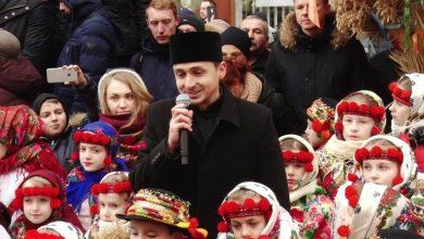 Photo of У Львові встановили триметрового Різдвяного дідуха (Фото і Відео)