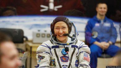Photo of Американська астронавтка повернулася на Землю після рекордного за тривалістю серед жінок перебування у космосі