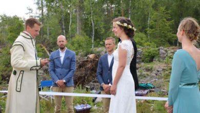 Photo of Закохані громадяни Норвегії та Швеції одружились на кордоні своїх країн (ФОТО)