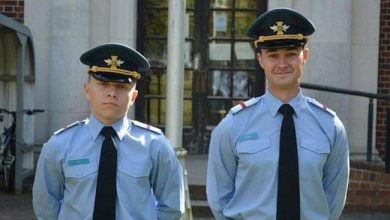 Photo of Британський принц Чарльз відзначив українських курсантів, що успішно закінчили навчання в коледжі ВПС Великобританії (ФОТО)