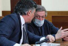 Photo of Російський актор Єфремов відмовився у суді визнати себе винуватцем смертельного ДТП у Москві