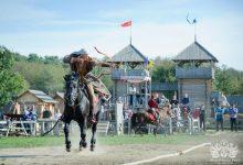 Photo of Під Києвом пройде фестиваль по древньому кінному бойовому мистецтву*