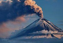 Photo of Найвищий вулкан Євразії викинув стовп попелу на 7 км вгору