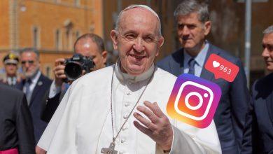 Photo of Папа Римський поставив лайк в Інстаграмі під фотографією напівоголеної дівчини