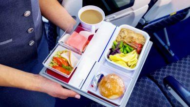 Photo of Їжа на борту літака підвищує ризик зараження COVID-19