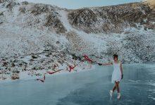 Photo of Українка станцювала на ковзанах на найвисокогірнішому озері України (ФОТО)