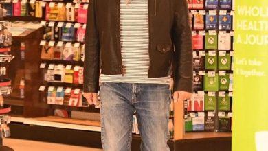 Photo of Актора Брюсса Вілліса вигнали з аптеки за перебування без маски (фото)
