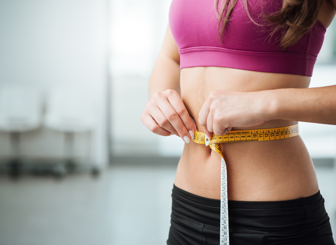 Фахівці назвали простий спосіб позбавитися жиру на животі
