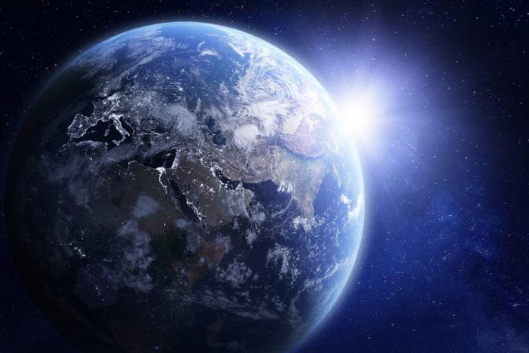 Вчені повідомили – коли на Землі зникне життя