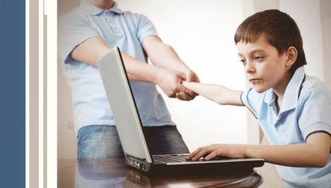 Експерти порадили – як вберегти дитину від негативного впливу Інтернету